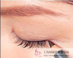 怎么让眼睛变大?教你小眼睛的化妆秘诀,让眼睛更深邃有神