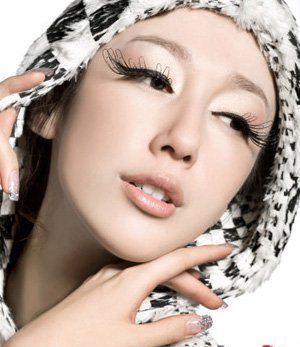 内双眼皮怎么化妆?一起来学一下内双眼内的眼妆技巧吧,让眼睛更大