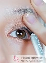 怎么画好眼线?跟韩国艺人Angelababy学画韩式眼线,炫动韩国风