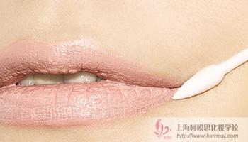 甜美妆容怎么画?教你韩式甜美妆容的化妆步骤