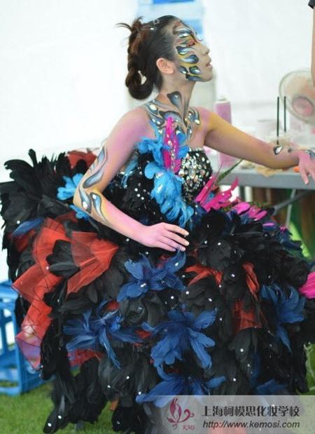2011国际人体彩绘节最新梦幻妆作品