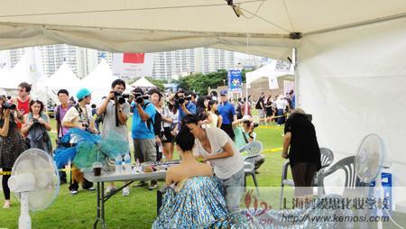 媒体纷纷采访中国彩妆师