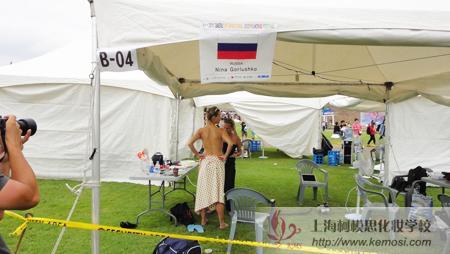 2011国际人体彩绘节俄罗斯彩绘大师创作现场