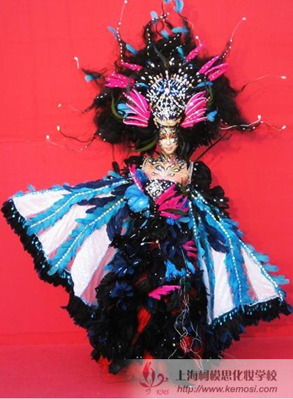 韩国选手创作的梦幻妆作品