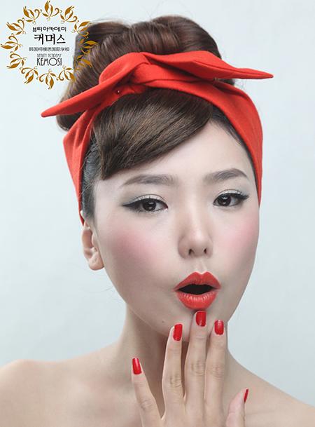学化妆和美甲学费是多少