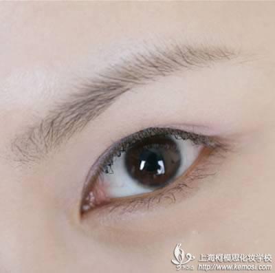 单眼皮怎么画眼线图解 单眼皮画眼线图解 单眼皮如何画眼-内双如何