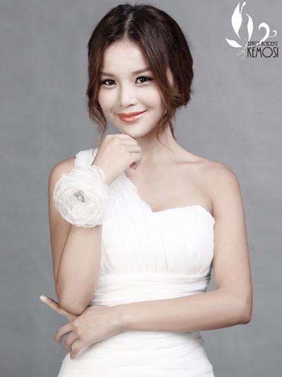 荆门韩式新娘妆哪家最好?上海柯模思化妆学校,又称上海化妆学校.图片